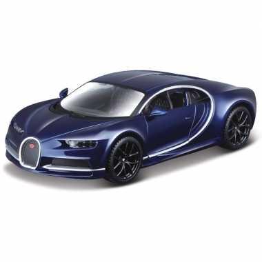 Modelauto bugatti chiron 1:32 blauw