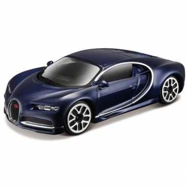 Modelauto bugatti chiron 1:43 donkerblauw