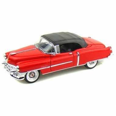 Modelauto cadillac eldorado rood gesloten cabrio 1953 1:34
