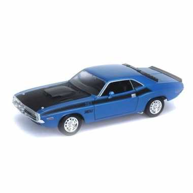 Modelauto dodge challenger 1970 blauw 1:34