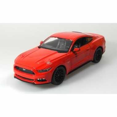 Modelauto ford 2015 mustang gt rood 1:36