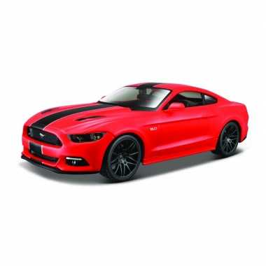 Modelauto ford mustang gt 2015 rood schaal 1:24/20 x 8 x 5 cm