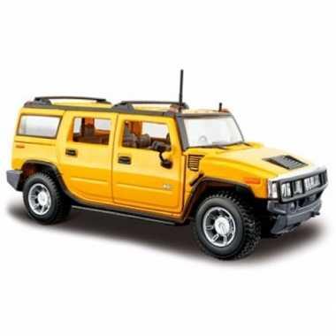 Modelauto hummer h2 geel 1:24