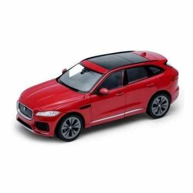 Modelauto jaguar f-pace rood 1:34