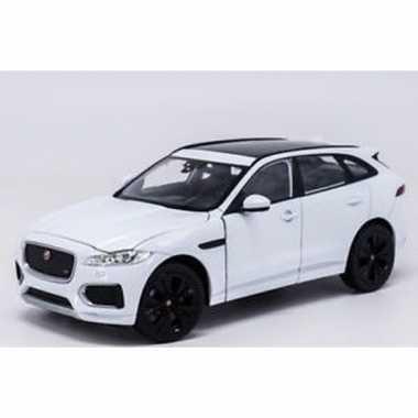 Modelauto jaguar f-pace wit 1:34