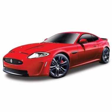 Modelauto jaguar xkr-s bordeaux rood 1:24