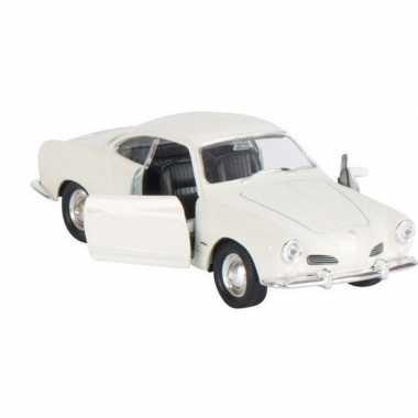 Modelauto karmann-ghia coupe wit 11 cm