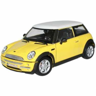 Modelauto mini cooper s geel 1:24