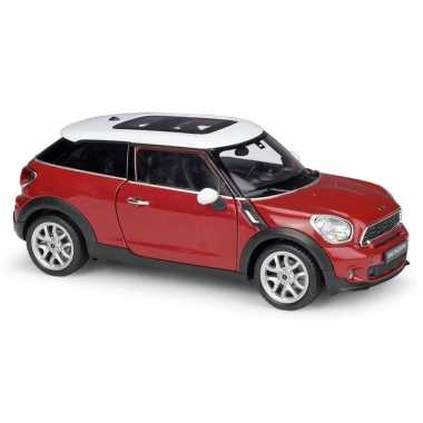 Modelauto mini cooper s paceman rood schaal 1:24/17 x 7 x 6 cm