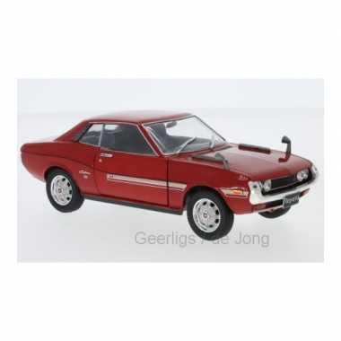 Modelauto toyota celica 1973 rood schaal 1:24/17 x 6 x 5 cm